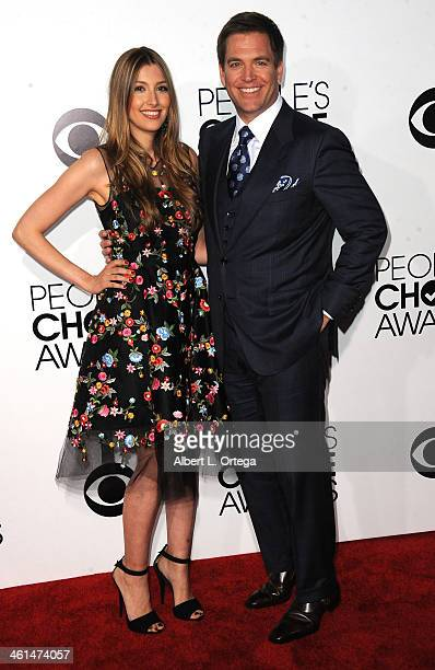 Actor Michael Weatherly and wife Bojana Jankovic arrive for The 40th Annual People's Choice Awards Arrivals held at Nokia Theatre LA Live on January...