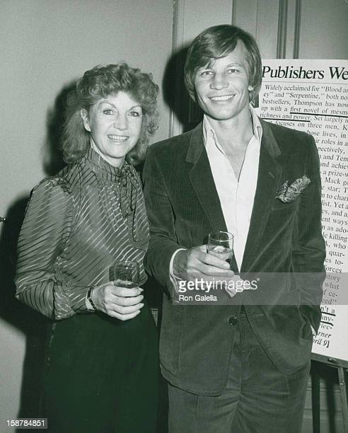 Actor Michael York and wife Patricia McCallum attending the book party for Thomas Thompson Celebrity on April 9 1982 at the Beverly Hills Hotel in...
