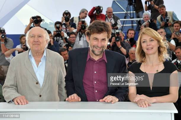 Actor Michel Piccoli actress Margherita Buy and director/writer/actor Nanni Moretti attend the Habemus Papam photocall at the Palais des Festivals...