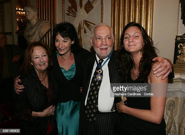"Actor Michel Serrault, his daughter Nathalie, his wife Anita and granddaughter Gwendoline celebrate the presentation of the ""Chevalier de l'Ordre..."