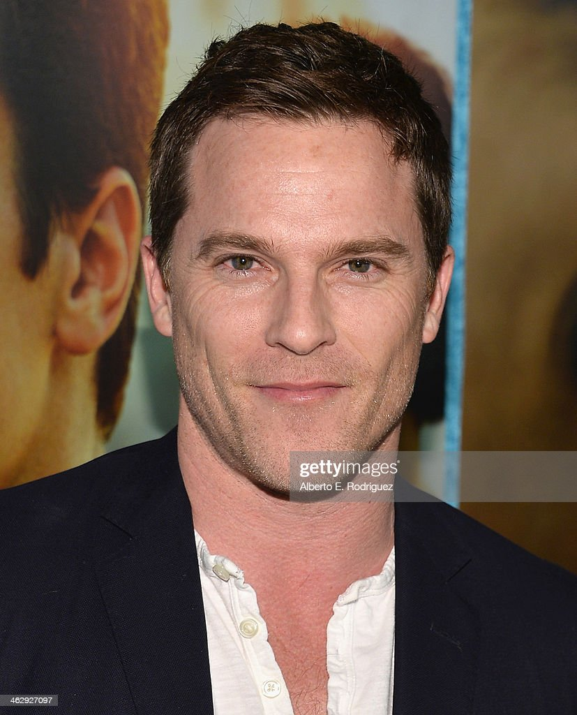 Actor Mike Doyle arrives to the premiere of HBO's 'Looking' at Paramount Theater on the Paramount Studios lot on January 15, 2014 in Hollywood, California.