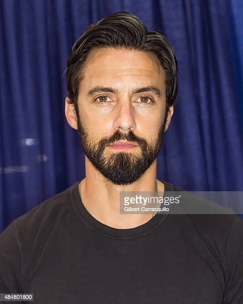 Actor Milo Ventimiglia attends Wizard World Comic Con Chicago 2015 Day 2 at Donald E Stephens Convention Center on August 21 2015 in Chicago Illinois