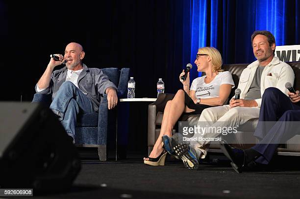 Actor Mitch Pileggi Actress Gillian Anderson and Actor David Duchovny speak onstage during Wizard World Comic Con Chicago 2016 Day 3 at Donald E...