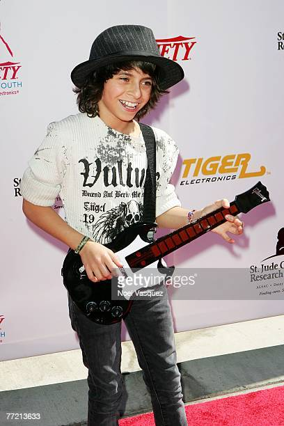 Actor Moises Arias arrives at the Power of Youth Benefiting St. Jude Children's Hospital at the Globe Theater on October 6, 2007 in Universal City,...