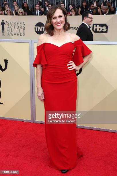 Actor Molly Shannon attends the 24th Annual Screen Actors Guild Awards at The Shrine Auditorium on January 21 2018 in Los Angeles California 27522_017