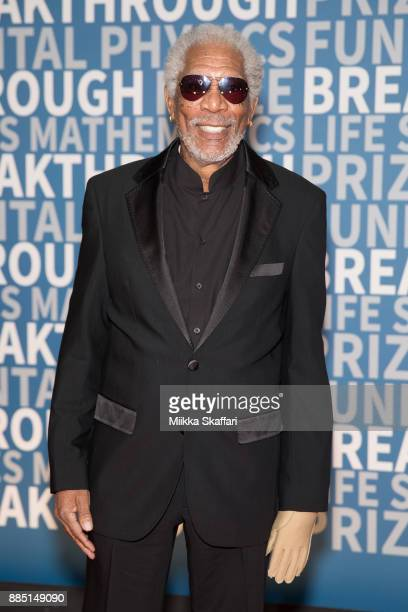 Actor Morgan Freeman arrives at the 2018 Breakthrough Prize at NASA Ames Research Center on December 3 2017 in Mountain View California