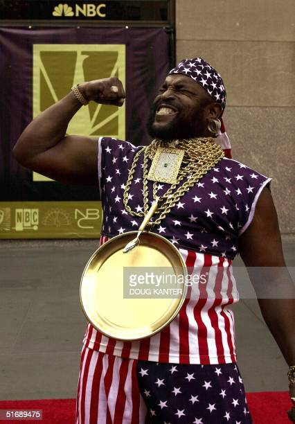 US actor Mr T of the show The A Team arrives at the NBC 75th Anniversary Special at Rockefeller Center in New York 05 May 2002 The festivities...