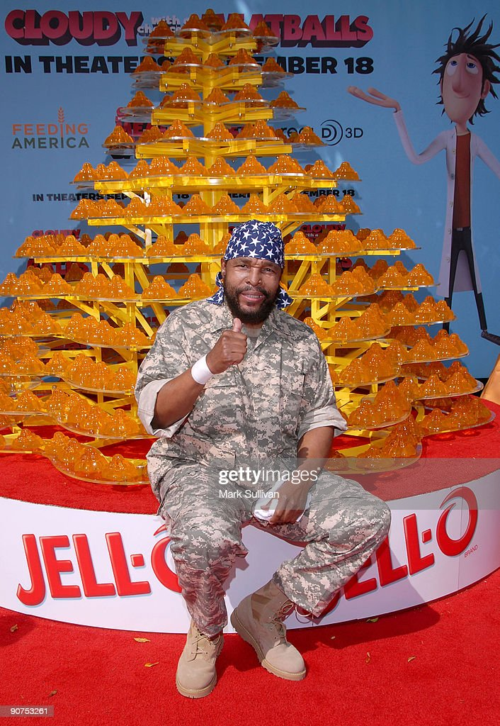 "Premiere Of ""Cloudy With A Chance Of Meatballs"" With Jell-O Castle"