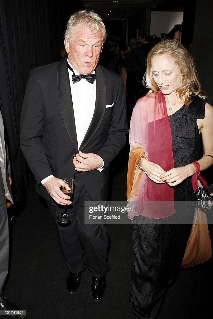 Actor Nick Nolte and Clytie Lane attend 'An Evening For ...