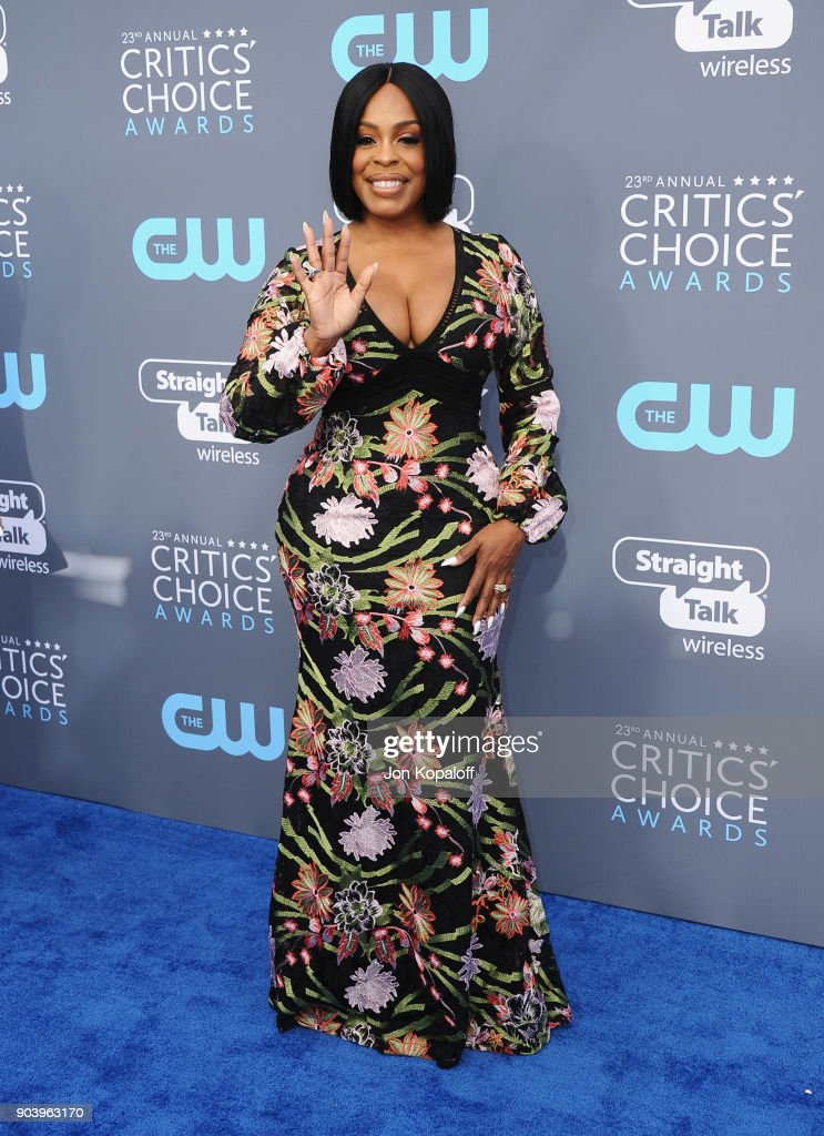 Actor Niecy Nash attends The 23rd Annual Critics' Choice Awards at Barker Hangar on January 11, 2018 in Santa Monica, California.