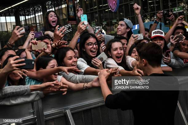 US actor Noah Schnapp from the TV series Stranger Things greets fans during the Comic Con Colombia 2018 in Medellin on November 17 2018 Comic Con...