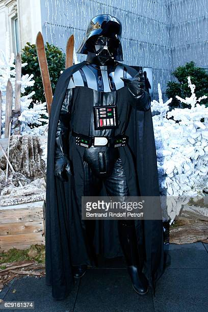 Actor of Darth Vader tries his costume at Le Fouquet's ahead of 'Rogue One A Star Wars Story' Film that will be released in Paris on Dec 14th Held on...
