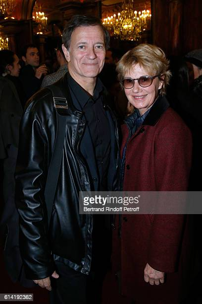 Actor of the piece Francis Huster and actress Miou Miou pose after the 'A Droite A Gauche' Theater Play at Theatre des Varietes on October 12 2016 in...
