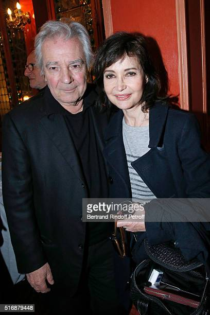 Actor of the Piece Pierre Arditi and his wife Evelyne Bouix attend the 'L'Etre ou pas' Theater play at Theatre Antoine on March 21 2016 in Paris...