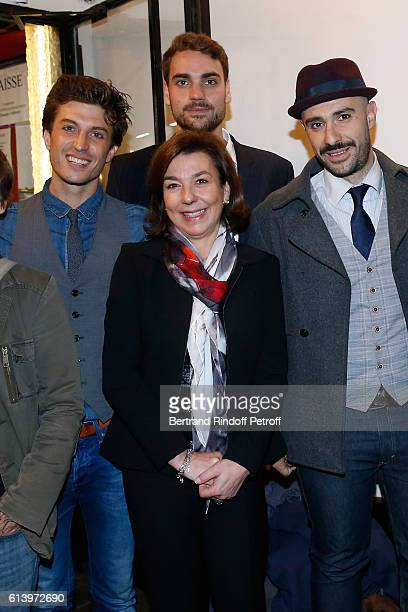 Actor of the show Benjamin Falletto Son of Yves Montand Valentin Livi his mother Carole Amiel and actor of the show Ali Bougheraba pose after the Ivo...