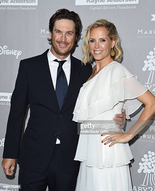 Actor Oliver Hudson and Erinn Bartlett attend the 2015 Baby2Baby Gala at 3LABS on November 14 2015 in Culver City California
