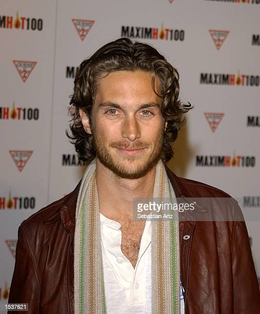 Actor Oliver Hudson arrives at Maxim's Hot100 party April 25 2002 in Los Angeles CA