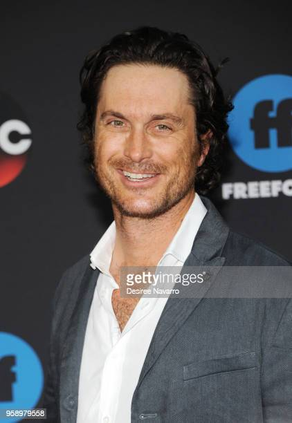 Actor Oliver Hudson attends during 2018 Disney ABC Freeform Upfront on May 15 2018 in New York City