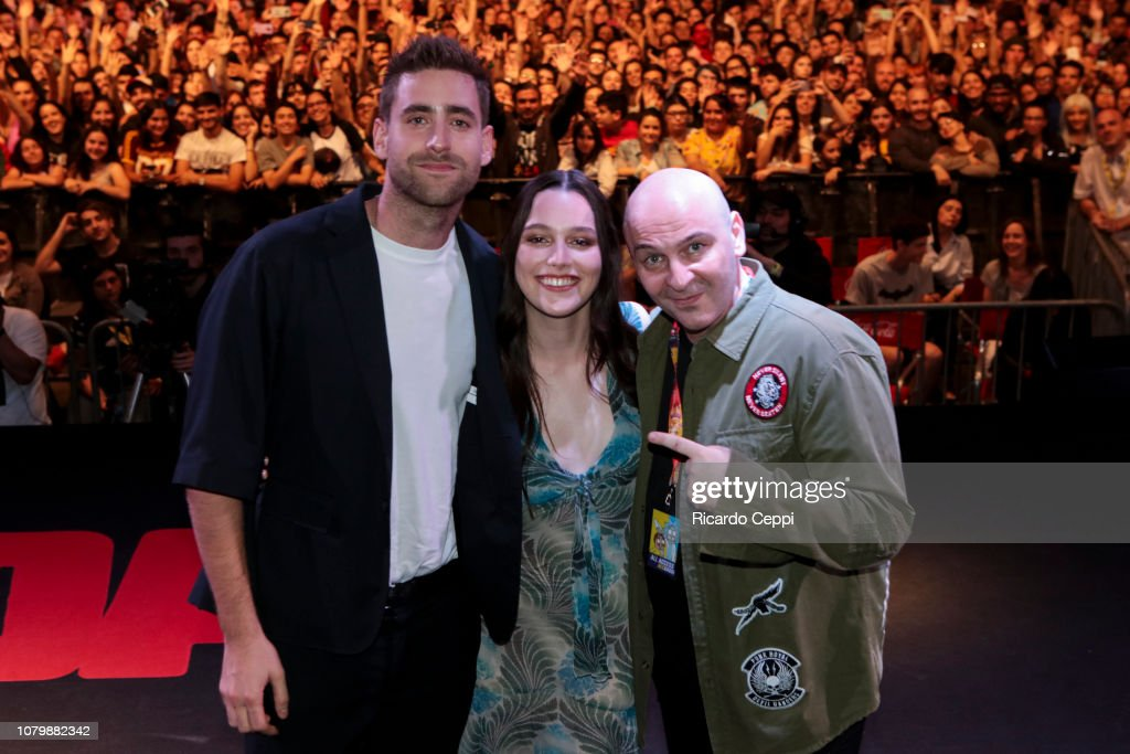Actor Oliver Jackson Cohen Actress Victoria Pedretti And Moderator News Photo Getty Images