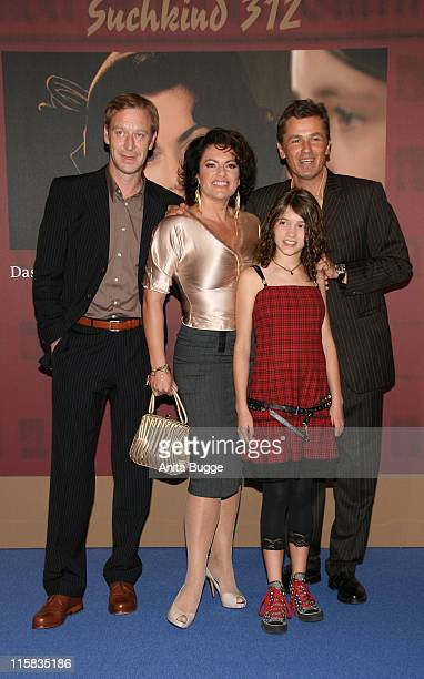 Actor Oliver Stritzel actress Christine Neubaue Janina Fautz and actor Timothy Peach attend the Suchkind 312 premiere at MercedesWelt at Salzufer on...