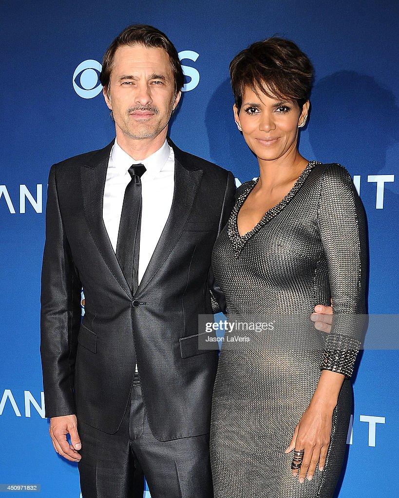 """Extant"" - Los Angeles Premiere : News Photo"