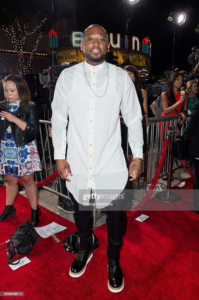 Actor Omar Epps arrives at the premiere of Universal's 'Almost Christmas' at Regency Village Theatre on November 3, 2016 in Westwood, California.