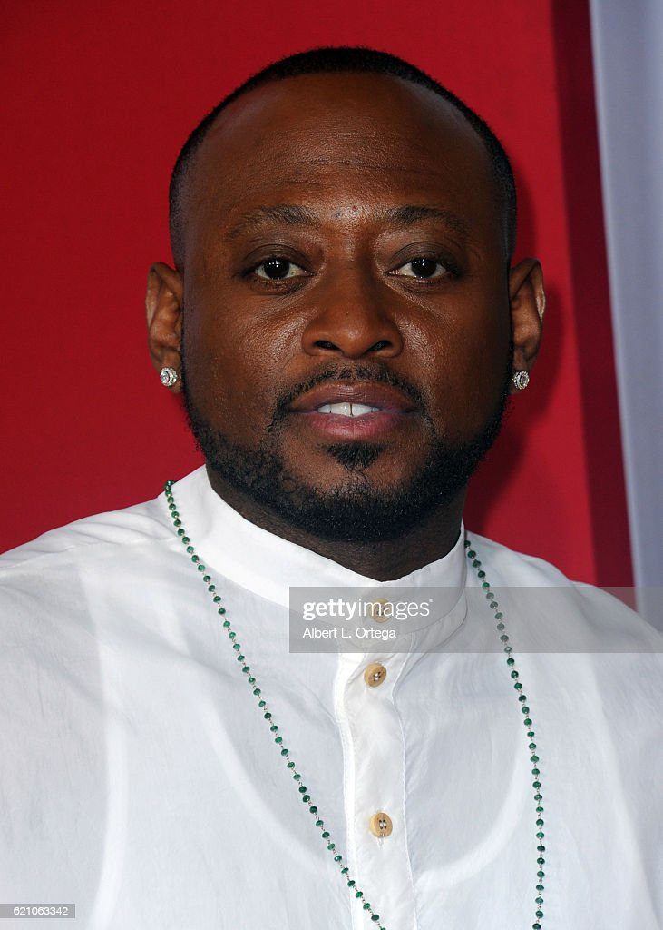 Almost Christmas Actor Omar.Actor Omar Epps Arrives For The Premiere Of Universal S