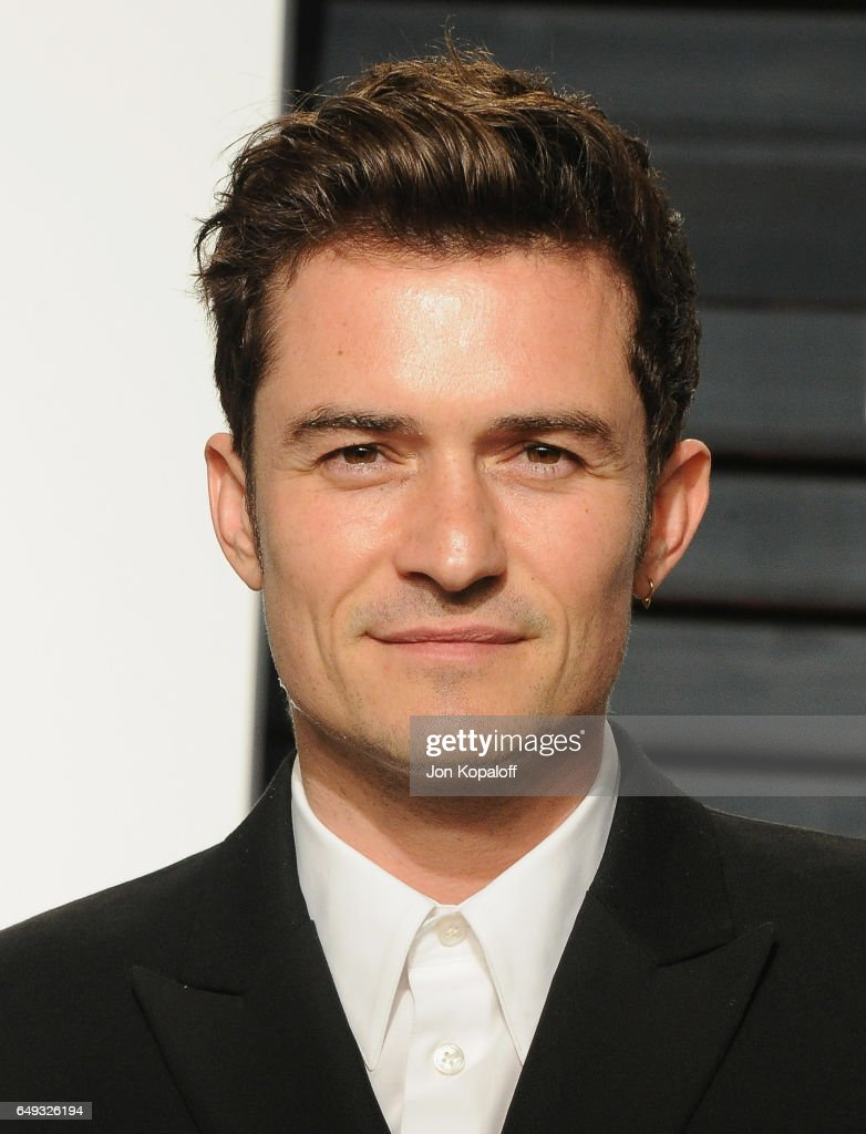 Actor Orlando Bloom arrives at the 2017 Vanity Fair Oscar Party Hosted By Graydon Carter at Wallis Annenberg Center for the Performing Arts on February 26, 2017 in Beverly Hills, California.