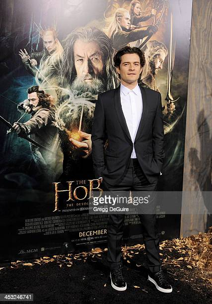 Actor Orlando Bloom arrives at the Los Angeles premiere of The Hobbit The Desolation Of Smaug at TCL Chinese Theatre on December 2 2013 in Hollywood...