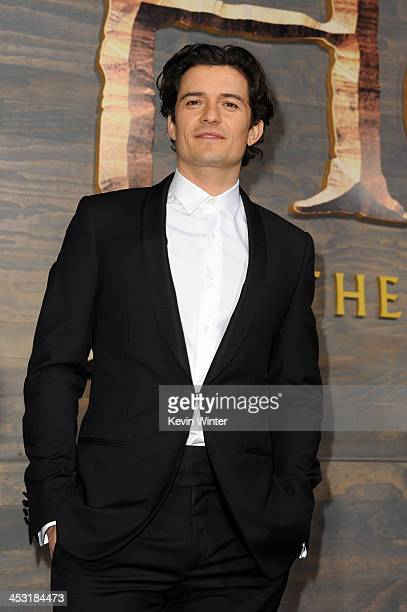 Actor Orlando Bloom attends the premiere of Warner Bros' The Hobbit The Desolation of Smaug at TCL Chinese Theatre on December 2 2013 in Hollywood...