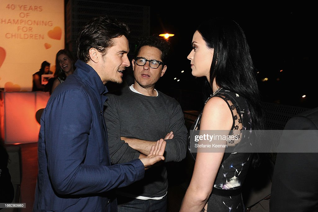 Coach 3rd Annual Evening Of Cocktails And Shopping To Benefit The Children's Defense Fund Hosted By Katie McGrath, J.J. Abrams and Bryan Burk : News Photo