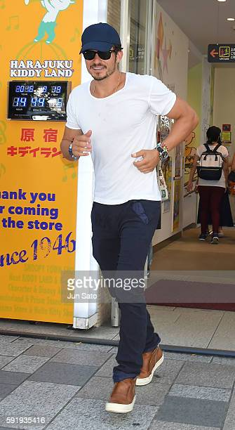 Actor Orlando Bloom is seen in Omotesando street on August 19 2016 in Tokyo Japan