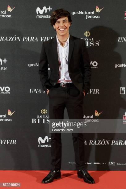 Actor Oscar Casas attends the 'Una razon para vivir' premiere on November 9 2017 in Madrid Spain