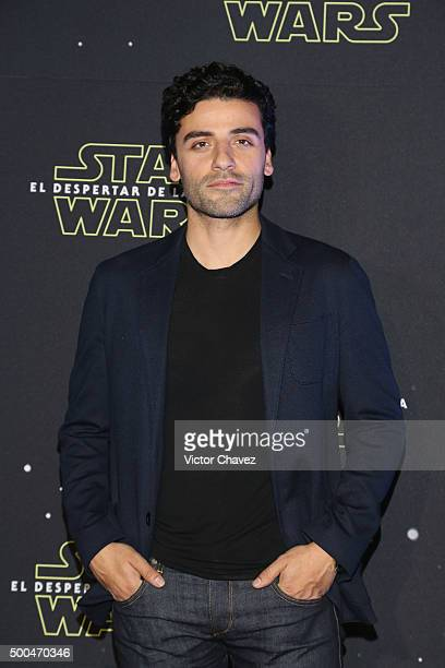Actor Oscar Isaac attends the Star Wars The Force Awakens Mexico City photo call at St Regis Hotel on December 8 2015 in Mexico City Mexico