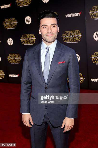 """Actor Oscar Isaac attends the World Premiere of """"Star Wars The Force Awakens"""" at the Dolby El Capitan and TCL Theatres on December 14 2015 in..."""