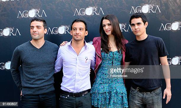 Actor Oscar Isaac director Alejandro Amenabar actress Rachel Weisz and actor Max Minghella attend the 'Agora' photocall at the Biblioteca Nacional on...