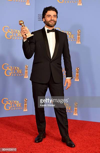 Actor Oscar Isaac winner of Best Performance in a Miniseries or Television Film for 'Show Me a Hero' poses in the press room during the 73rd Annual...