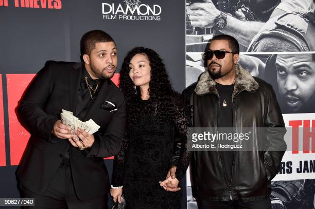 """Actor O'Shea Jackson Jr. With parents Kimberly Woodruff and O'Shea 'Ice Cube' Jackson attend the premiere of STX Films' """"Den of Thieves"""" at Regal LA..."""