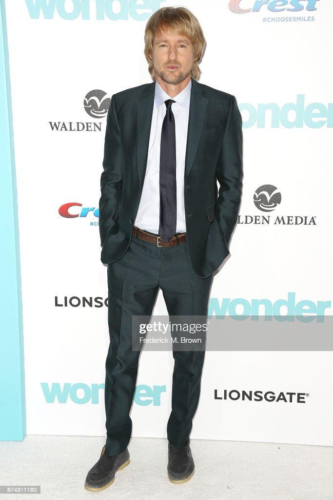 """Premiere Of Lionsgate's """"Wonder"""" - Arrivals : ニュース写真"""