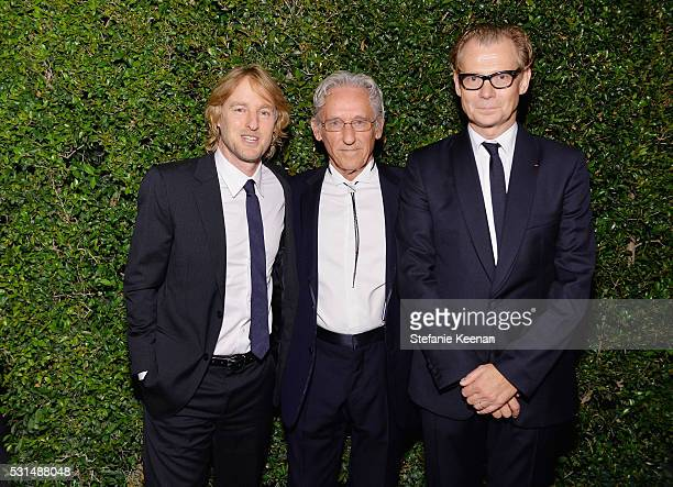 Actor Owen Wilson, honoree Ed Ruscha and MOCA Director Philippe Vergne attend the MOCA Gala 2016 at The Geffen Contemporary at MOCA on May 14, 2016...