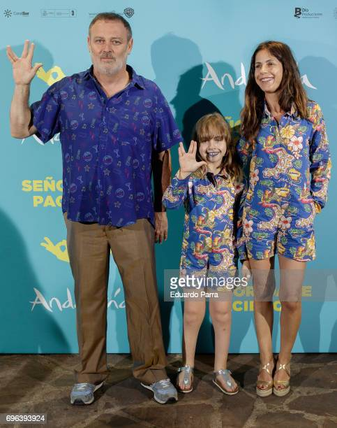 Actor Pablo Carbonell daugther Mafalda Carbonell and wife Maria Arellano attend the 'Senor dame paciencia' premiere at Fortuny Palace on June 15 2017...