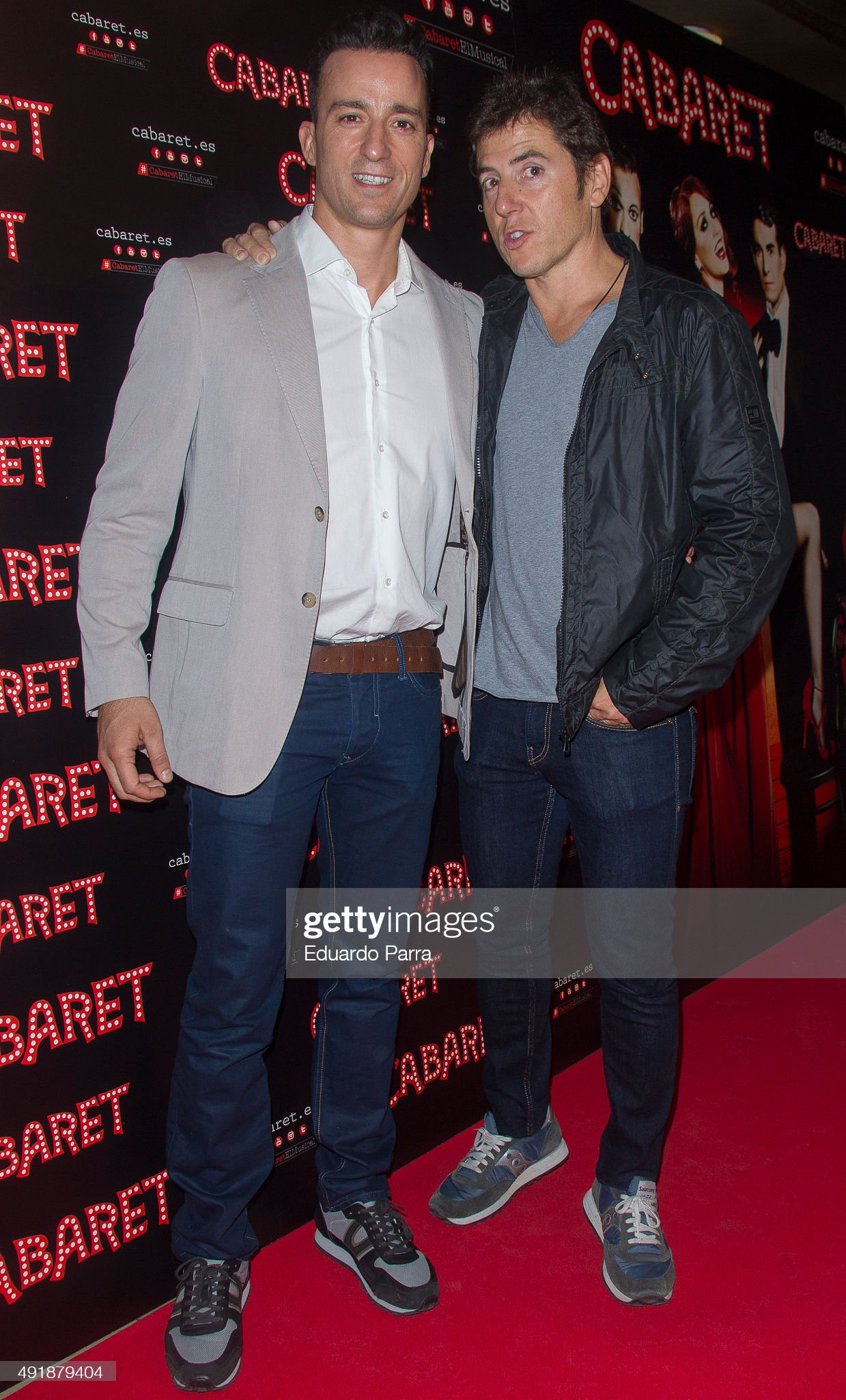 ¿Cuánto mide Pablo Puyol? Actor-pablo-puyol-and-manel-fuentes-attend-thecabaret-broadway-at-picture-id491879404?s=2048x2048