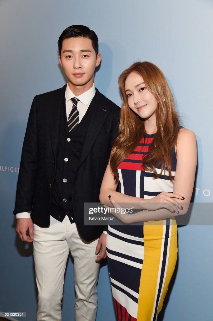 TommyLand Tommy Hilfiger Spring 2017 Fashion Show - Front Row & Atmosphere : News Photo