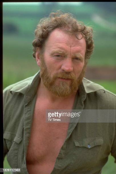 Actor Pat Roach in character as Brian 'Bomber' Busbridge on the Spanish set of comedy drama Auf Wiedersehen, Pet, circa 1986.