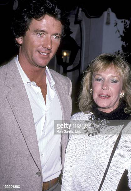 Actor Patrick Duffy and wife Carlyn Rosser attend a Party For Glenn Larson on October 23 1985 at Chasen's Restaurant in Beverly Hills California