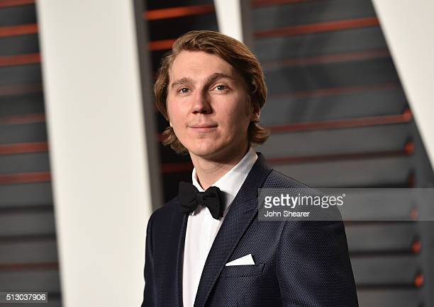 Actor Paul Dano arrives at the 2016 Vanity Fair Oscar Party Hosted By Graydon Carter at Wallis Annenberg Center for the Performing Arts on February...
