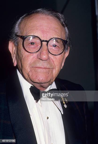 Actor Paul Henreid attends the Entertainment Industries Council's Third Annual Nancy Reagan Drug Prevention Award Salute to B Donald Bud Grant on...