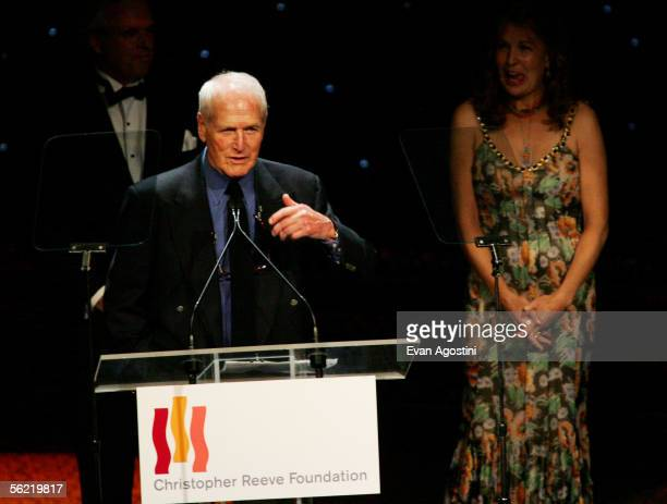 """Actor Paul Newman speaks at the Christopher Reeve Foundation's """"A Magical Evening"""" at the Marriott Marquis Hotel November 17, 2005 in New York City."""