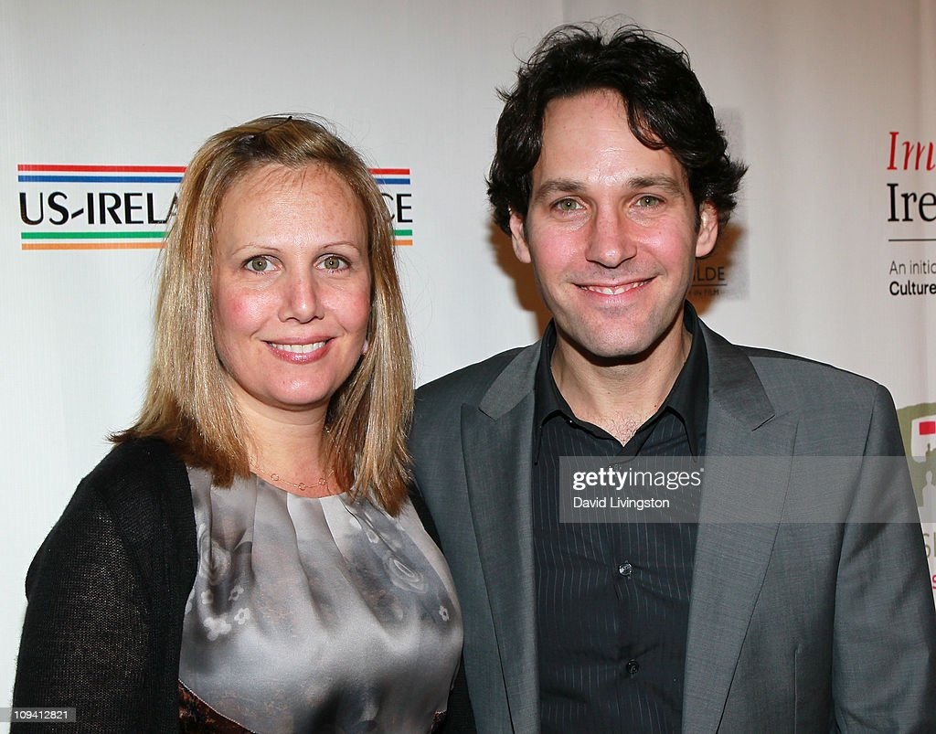 """6th Annual """"Oscar Wilde: Honoring The Irish In Film"""" Pre-Academy Awards Party - Arrivals : News Photo"""