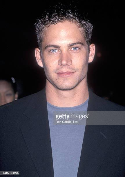 """Actor Paul Walker attends the """"Pleasantville"""" Westwood Premiere on October 19, 1998 at the Mann National Theatre in Westwood, California."""